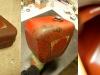 Zbiornik na olej. Po myciu i natarciu specyfikiem zatrzymującym korozję. Wnętrze zostało odtłuszczone i oczyszczone na maszynie rotacyjnej. Po tych zabiegach - emalia chemoodporna.