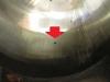 ... moim oczom ukazał się dość głęboki wżer na gładzi - jest to właściwie wada powstała w trakcie odlewania cylindra. Nawet zastosowanie tłoków na IV szlif nie gwarantuje, że to zniknie podczas roztaczania cylindra.
