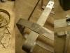 Koło zapasowe po lakierowaniu, kanister również. Gotowy jest też nowy uchwyt na kanister.