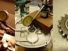 Obróbka bieżni simmeringu - bieżnia ma bicie 0,25mm. Dystansowanie wałków i dorobienie nowej tulei do koła wstecznego - z kanałem olejowym.