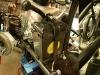 Dyfer i drugi suwak zamontowany, dorobione i polakierowane mocowanie akumulatora, zamontowane elementy ciernego amortyzatora skrętu.