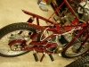 Odrestaurowany przód pozwolił zdjąć motocykl ze stojaka.