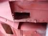 Wymiana osłabionych blach w okolicach mocowania tylnych wahaczy. Najpierw wycinka i wymiana fragmentu wewnętrznego...