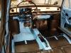 We wnętrzu zostały zamontowane pozostałe elementy wyposażenia a także radio i głośnik.