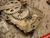Mechanizmy podnoszenia szyb trzeba było rozebrać ponieważ pospadały sprężyny amortyzatora skrętu na osi korbki...