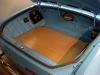 Po trzykrotnym lakierowaniu podłogi - można ją instalować w samochodzie.