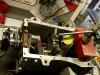 Sprawdzenie luzu poosiowego wału korbowego. Norma wynosi od 0,04mm do 0,1mm. Z pomiaru wychodzi 0,07mm. Wał obraca się lekko i bez zacięć.