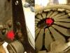 Wszystkie elementy osprzętu będą piaskowane i malowane proszkowo. Na foto odkształcone 2 blaszki docisku Valeo.