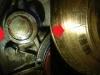 Spod broka zaślepiającego wałek rozrządu jest wyciek. Koło zamachowe było przegrzane i ma liczne i głębokie spękania.