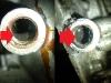 Jest to m.in wynik brudu w układzie smarowania. Na foto szlam przy czujniku oleju i zapchany szlamem jeden z otworów w magistrali olejowej.