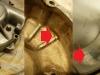 Rzut oka na pokrywę - poxilina skrywa uszkodzony-pęknięty korpus.  Na foto także stan panewek korbowodowych.