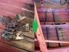 Najpierw przygotowanie 16 płytek montażowych, potem liczne pomiary, docinki, spawanie - i gotowe mocowania foteli.