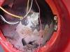 Wszędzie czai się rdza i grubo wymalowane elementy, także śruby  /   Everywhere rust and coarsely lacquered