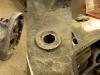 Silnik po wstępnym myciu i czyszczeniu gwintów. Czas na naprawę przylgni metodą frezowania.