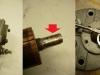 Tylna obudowa tradycyjnie wygięta. Lekko ale już widać ślady wypracowania na osi wirnika (na razie na 2-3 setki tylko). Jedyny ratunek to specjalne dwurzędowe wahliwe łożysko i klej.