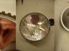 Potem rozbiórka elementu optycznego i piaskowanie na styku z uszczelką. Potem lakierowanie i montaż.