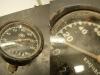 Prędkościomierz. Odpada wskazówka a szybka ma znaczne odpryski. Trzeba będzie dorobić nową szybkę.